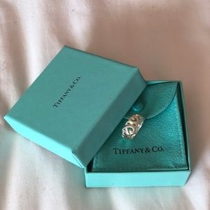 TIFFANY & Co. - Paloma Picasso ring